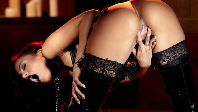 Holly Randall Discount